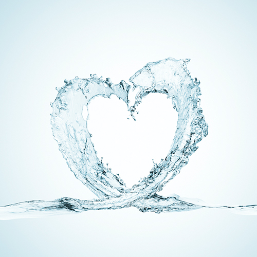 hydrating-water-heart